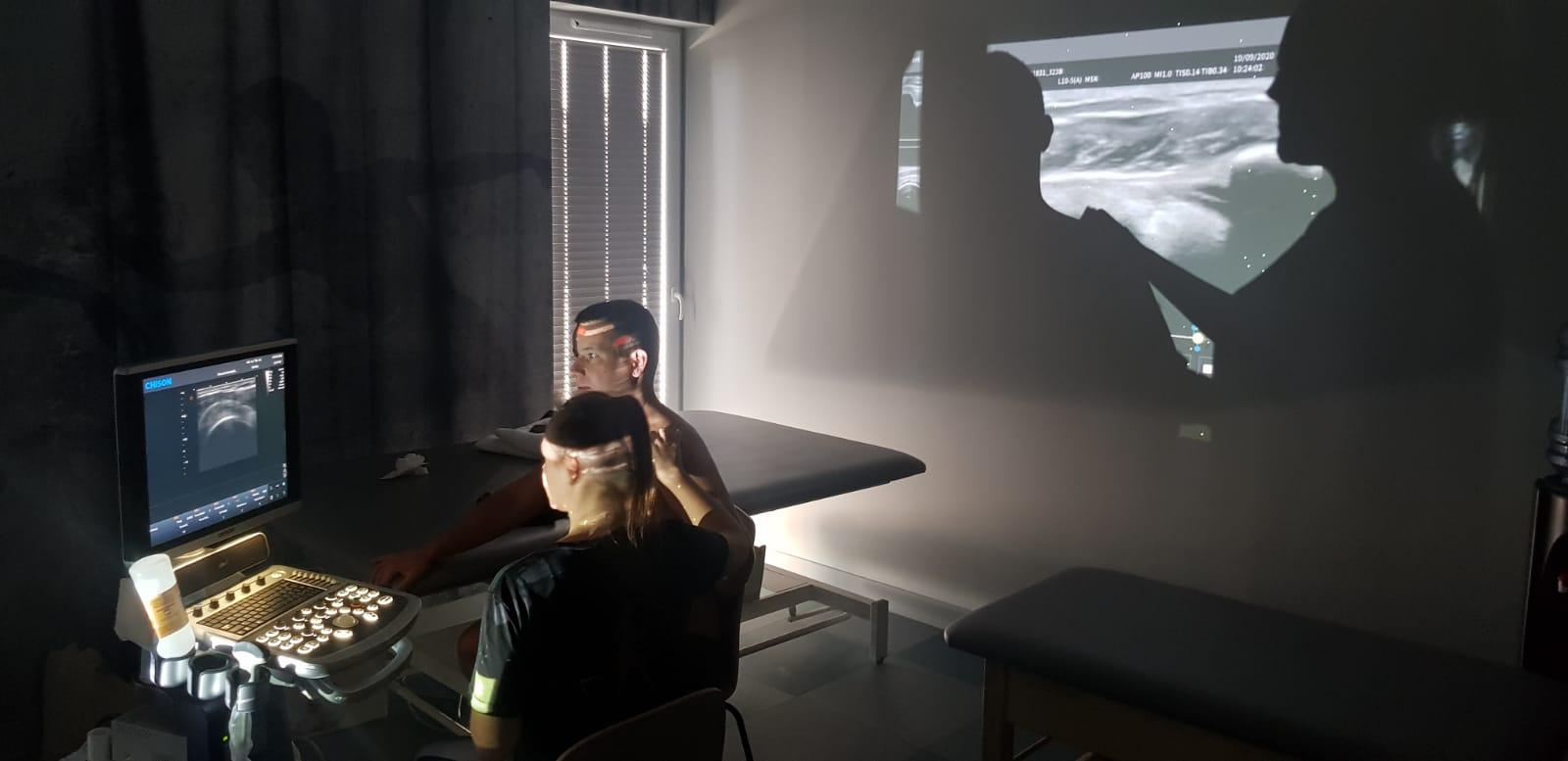 Ultrasonografia w praktyce fizjoterapeutów podczas zajęć
