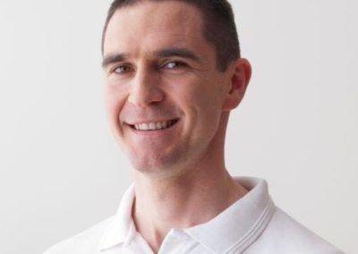 specjalista anatomii palpacyjnej przed zajęciami z fizjoterapii